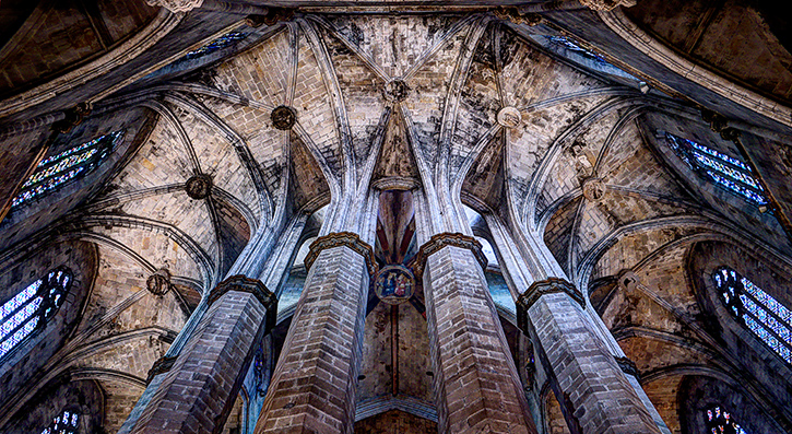 Colonnade in la Catedral del Mar, Barcelona raising to eternity
