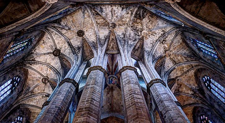 Colonnade in la Catedral del Mar, Barcelona raising to eternity