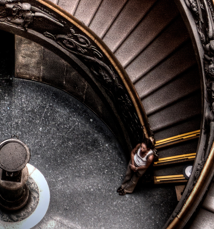 girl under the spiral staircase scala elicoidale de giuseppe momo